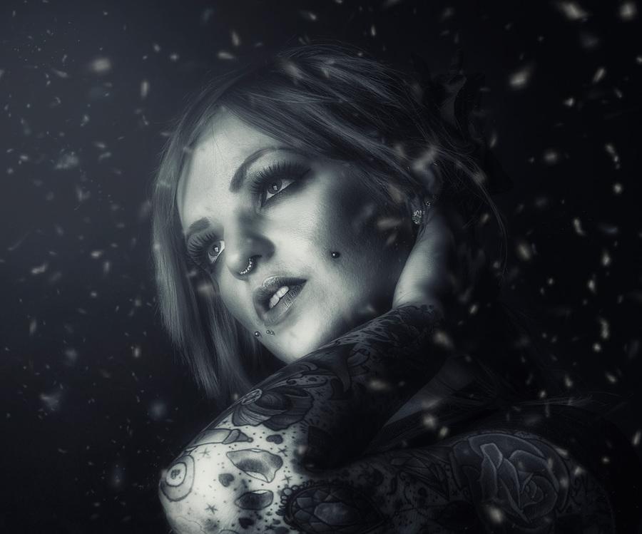 Snowflake / Photography by Matthew Jones, Model Alison Raven / Uploaded 1st May 2014 @ 04:15 PM