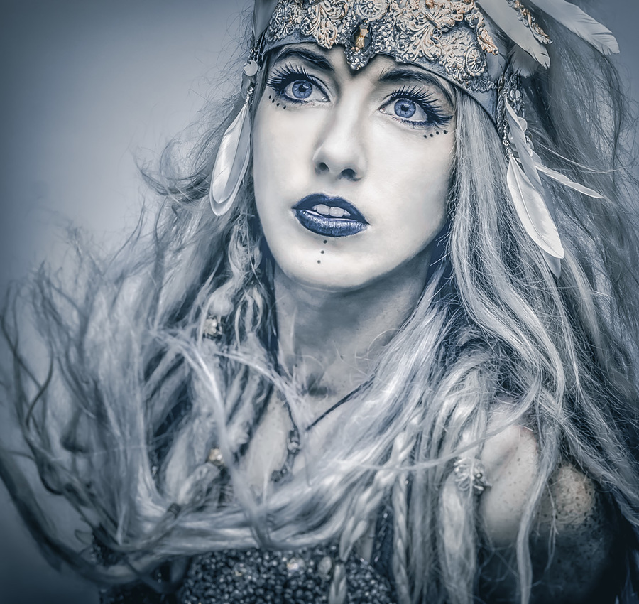 The Ice Maiden / Photography by Matthew Jones, Model Gem Pyro, Makeup by Gem Pyro / Uploaded 27th July 2016 @ 07:37 PM