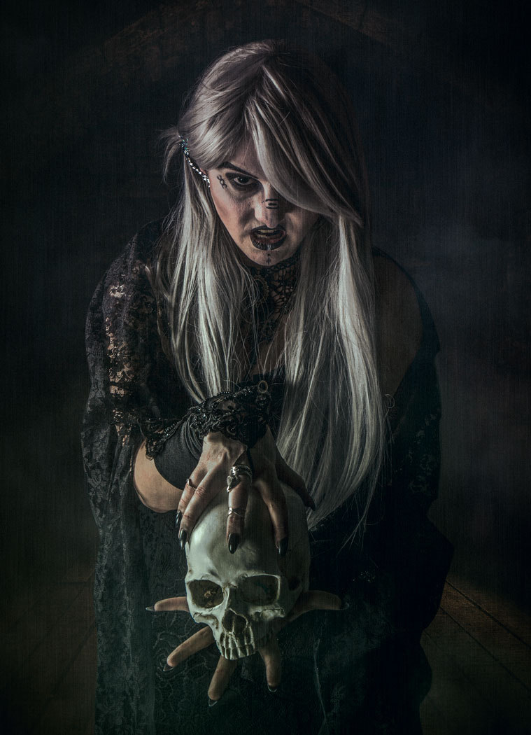 Witchcraft / Photography by Matthew Jones, Model Delta Topaz, Makeup by Keli Cartwright HMUA, Taken at Aspects Photography Wolverhampton / Uploaded 18th July 2017 @ 07:36 PM