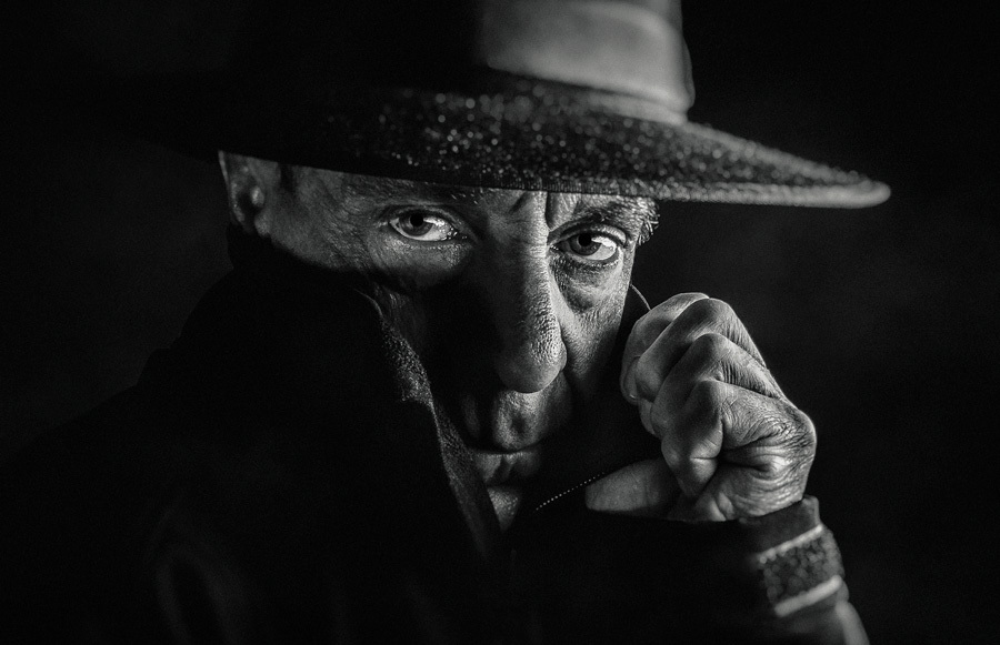 Cloak-and-dagger (B&W version) / Photography by Matthew Jones / Uploaded 26th July 2017 @ 06:27 PM