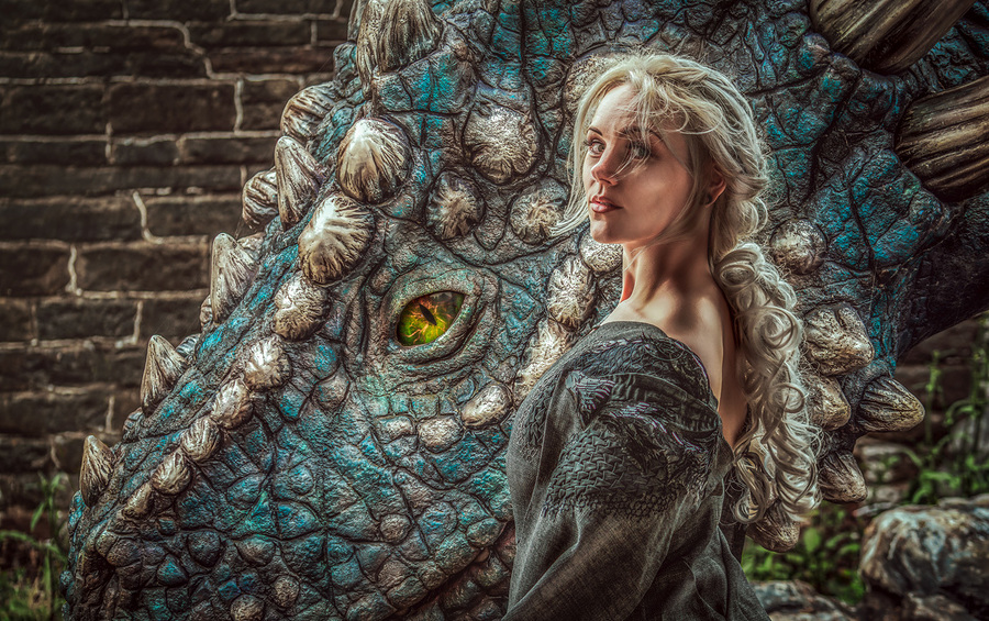 Daenerys and her Dragon / Photography by Matthew Jones / Uploaded 16th July 2019 @ 08:45 PM
