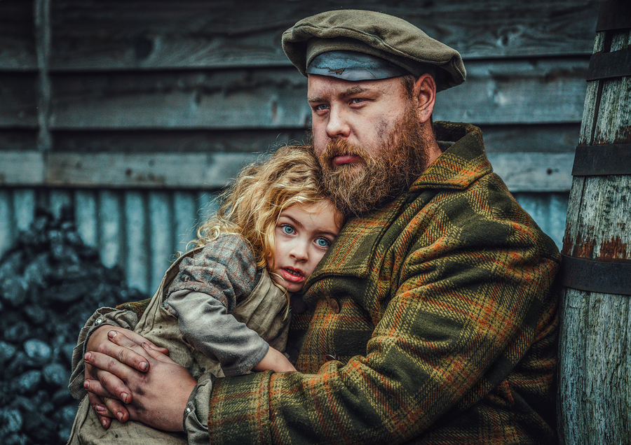 Father and Daughter / Photography by Matthew Jones / Uploaded 17th December 2019 @ 05:47 PM