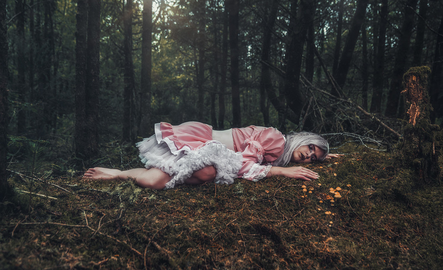 Forest Dreaming / Photography by Matthew Jones, Model Rune (chibirune) / Uploaded 17th August 2020 @ 05:10 PM