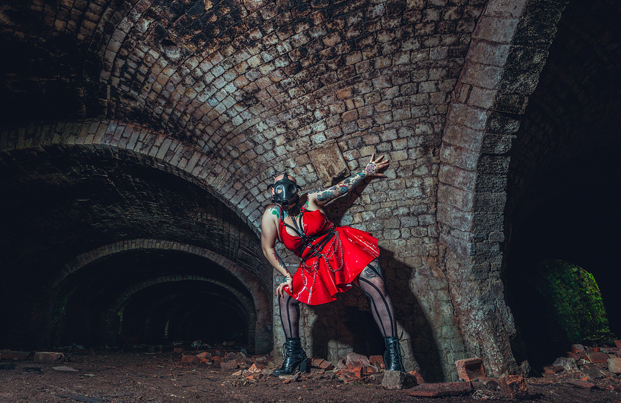Underground / Photography by Matthew Jones, Model Model_saffron.evans, Makeup by Model_saffron.evans / Uploaded 11th October 2020 @ 04:59 PM