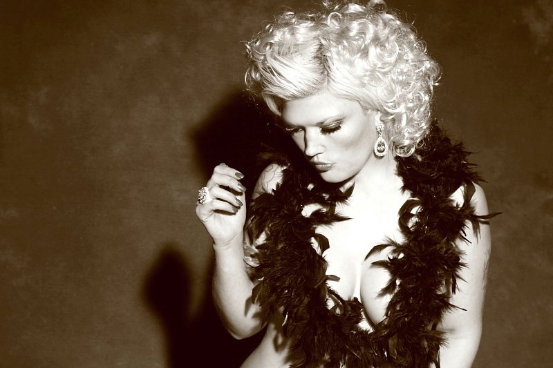 marilyn monroe style shoot / Photography by Orson Carter, Model Lelly D / Uploaded 23rd June 2014 @ 08:36 AM