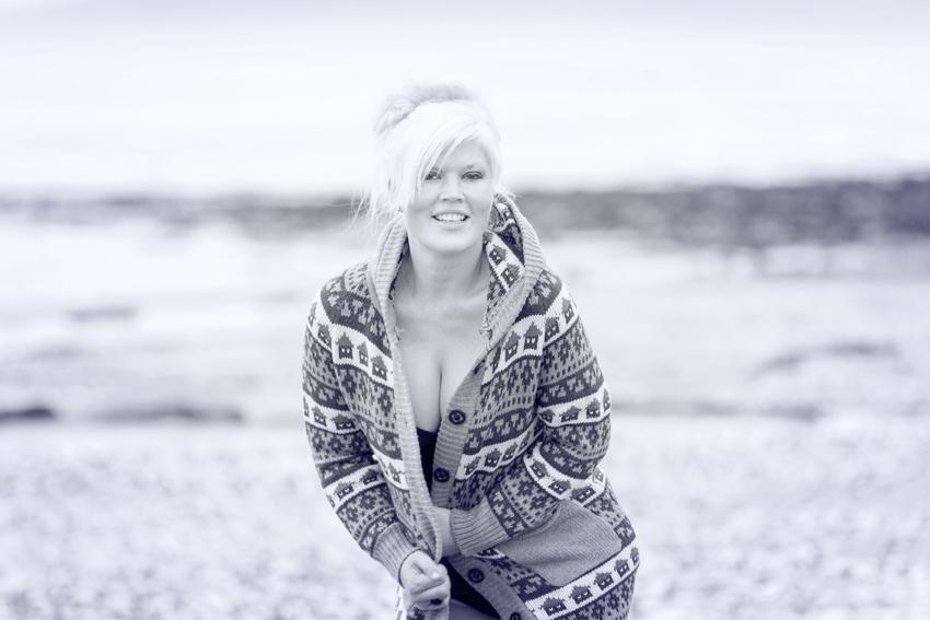 50s beach shoot / Photography by Nik Sheppard, Model Lelly D / Uploaded 23rd June 2014 @ 07:13 AM