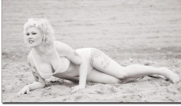 50s beach shoot / Photography by Nik Sheppard, Model Lelly D / Uploaded 21st June 2014 @ 09:23 AM