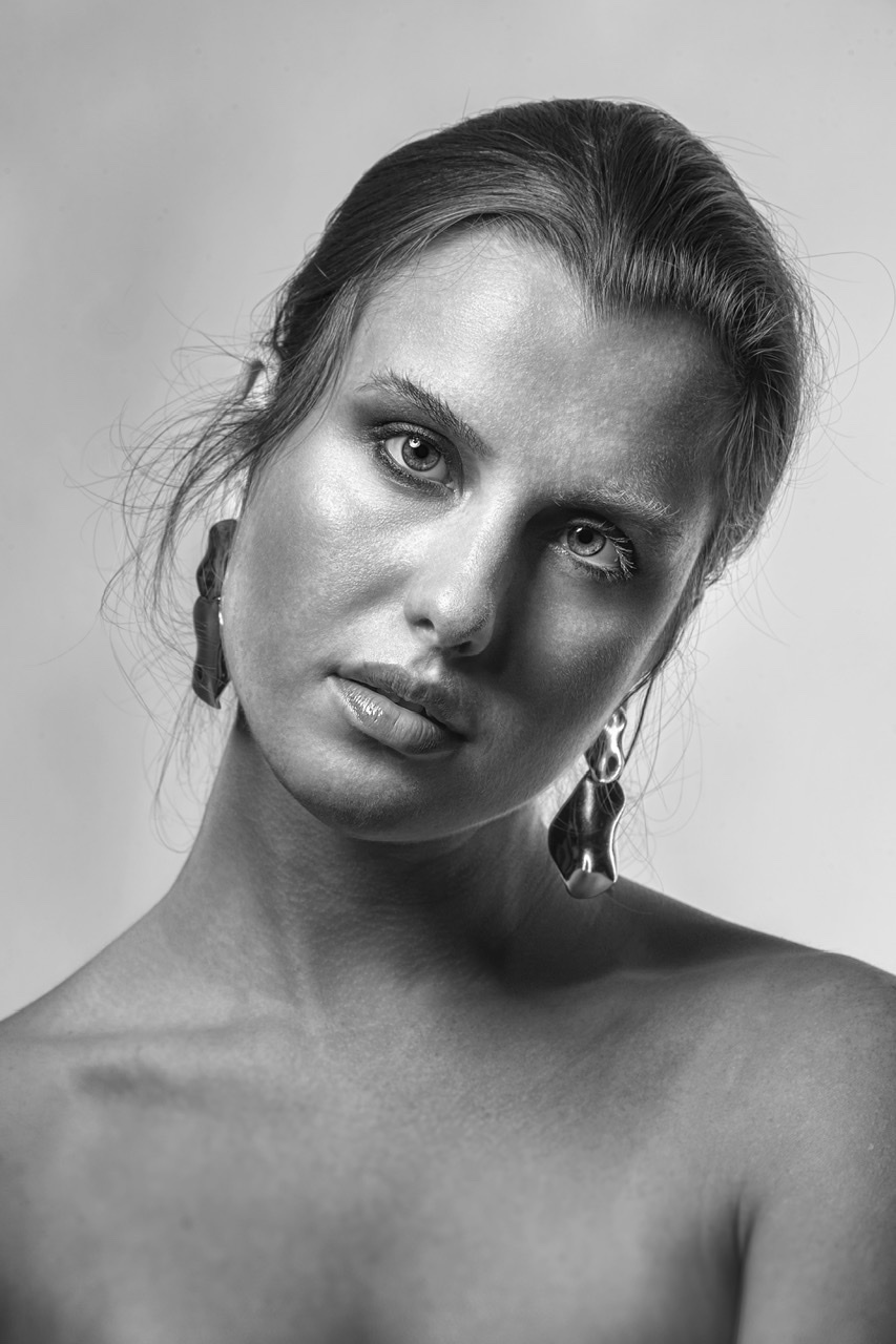 Photography by James Alexander Lyon, Model Patrycja, Makeup by Tia Oguri / Uploaded 7th February 2020 @ 01:21 PM