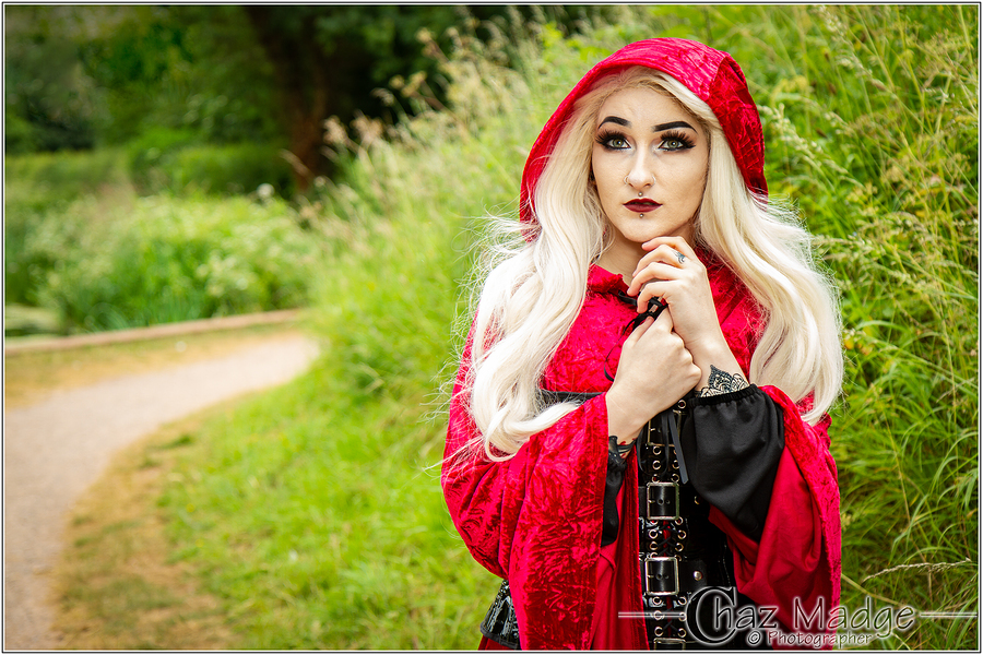 Red Riding Hood / Photography by Chaz Photographics, Model Jade Alexandra Model, Makeup by Jade Alexandra Model, Post processing by Chaz Photographics / Uploaded 27th July 2018 @ 01:00 AM