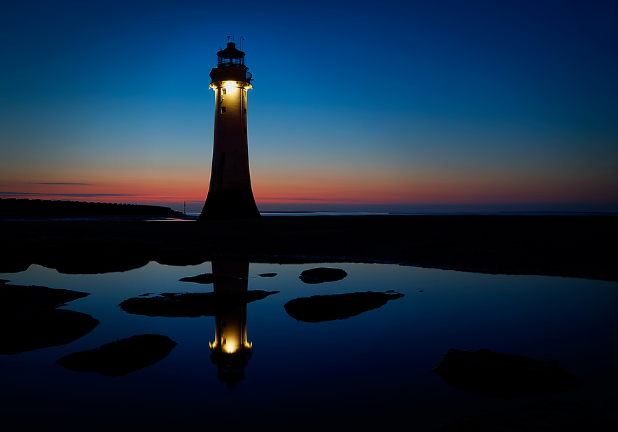Lighthouse reflections / Photography by Three 6 T / Uploaded 27th April 2018 @ 07:56 PM