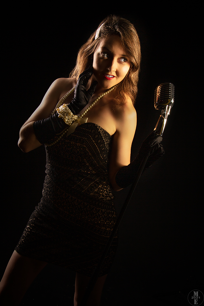 Cabaret Singer 4 / Photography by Photographical ME, Model Zivile7, Post processing by Photographical ME, Taken at Phoenix Creative FX Studio / Uploaded 11th October 2021 @ 04:46 PM