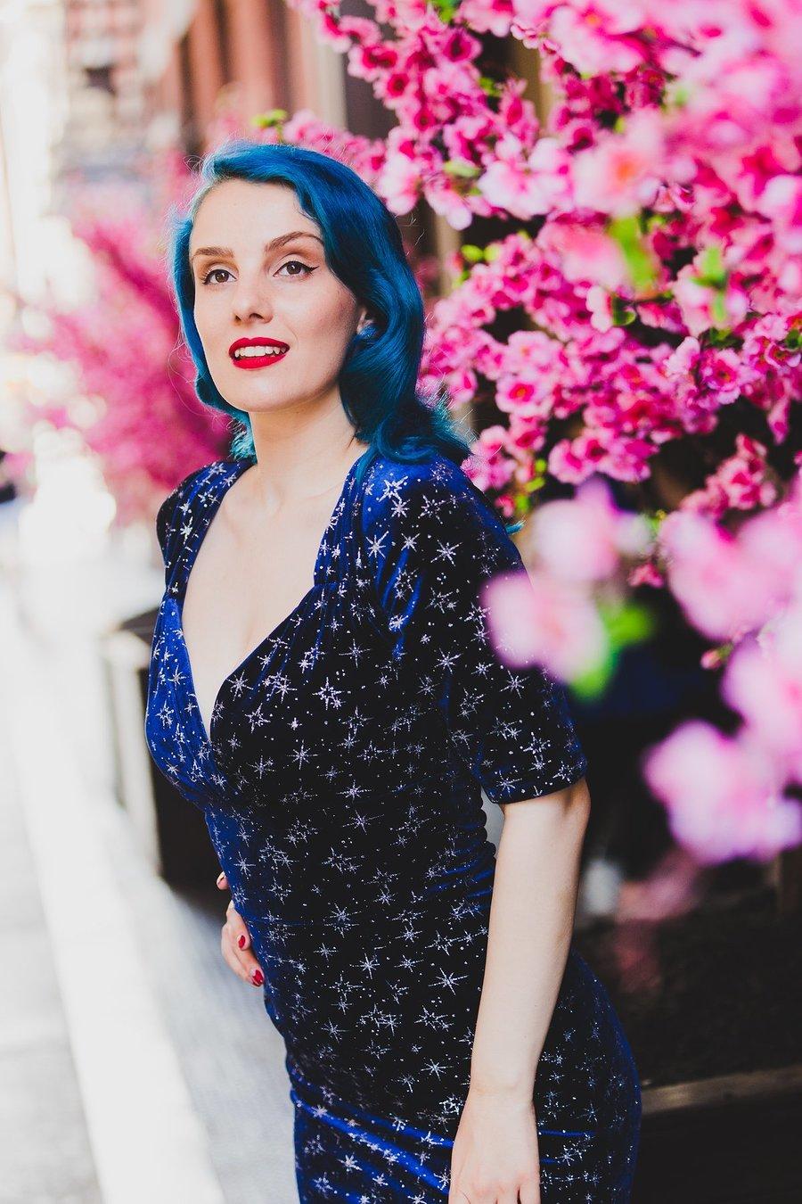 A Morning in New York / Model Mina Von Vixen, Makeup by Mina Von Vixen, Stylist Mina Von Vixen, Hair styling by Mina Von Vixen / Uploaded 24th July 2019 @ 01:07 PM
