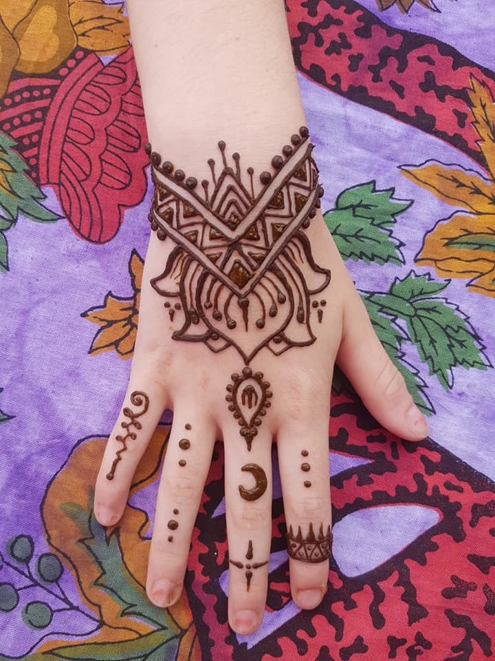 Lotus and geometric henna design / Stylist Henna South West / Uploaded 11th November 2019 @ 05:07 PM