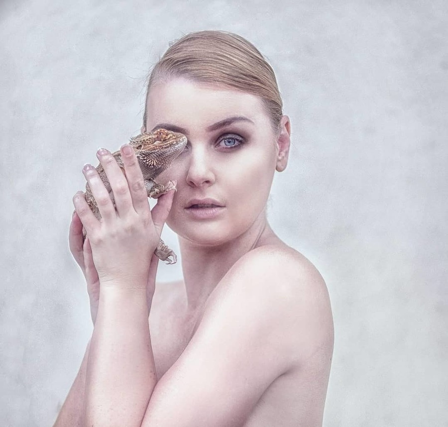 Photography by Phiona Photography, Model Holly Alexander, Makeup by Phiona Photography / Uploaded 19th September 2019 @ 06:43 AM