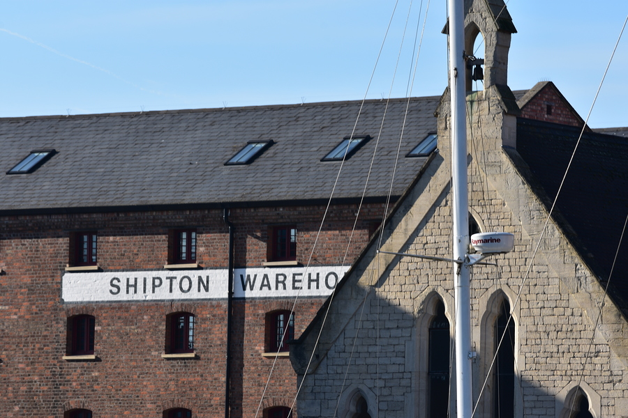 Shipton Warehouse / Photography by Tugmaster / Uploaded 9th October 2019 @ 12:22 PM
