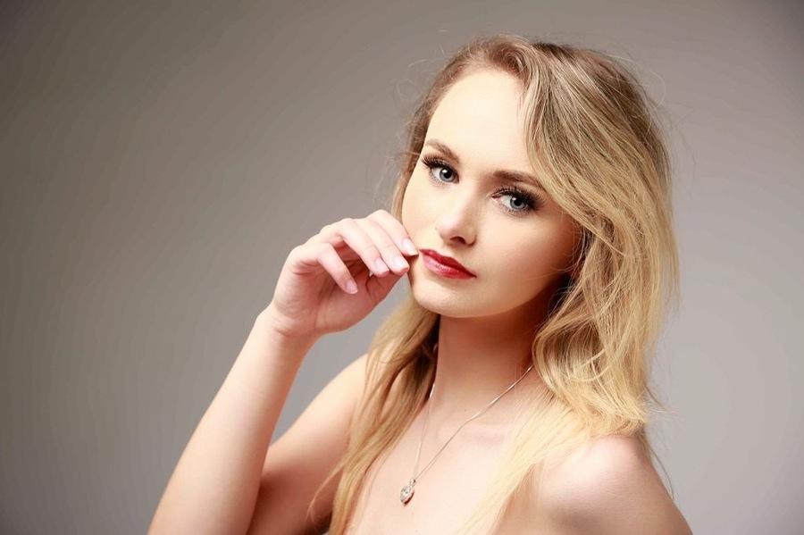 Model Lauren Allan / Uploaded 14th October 2021 @ 12:26 AM