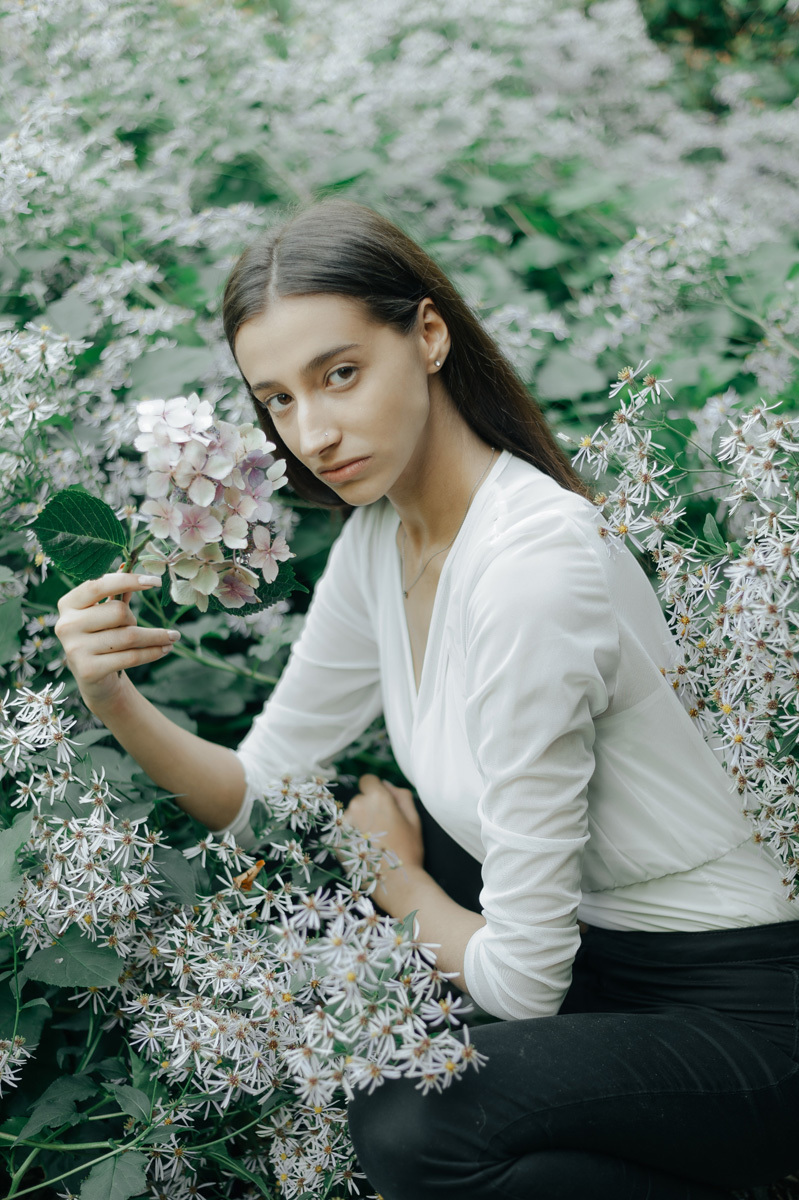 Flower bed / Photography by Let's go Shehan, Model FrancescaJadee / Uploaded 19th September 2020 @ 06:58 PM