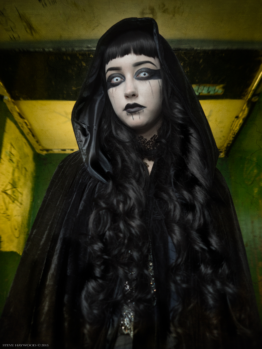 Halloween is coming / Photography by Steve Haywood, Makeup by Beautifiedbybyanca / Uploaded 30th October 2015 @ 09:27 PM