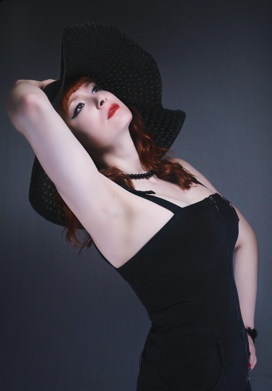 Model Greta Aurora / Uploaded 16th February 2020 @ 04:01 PM