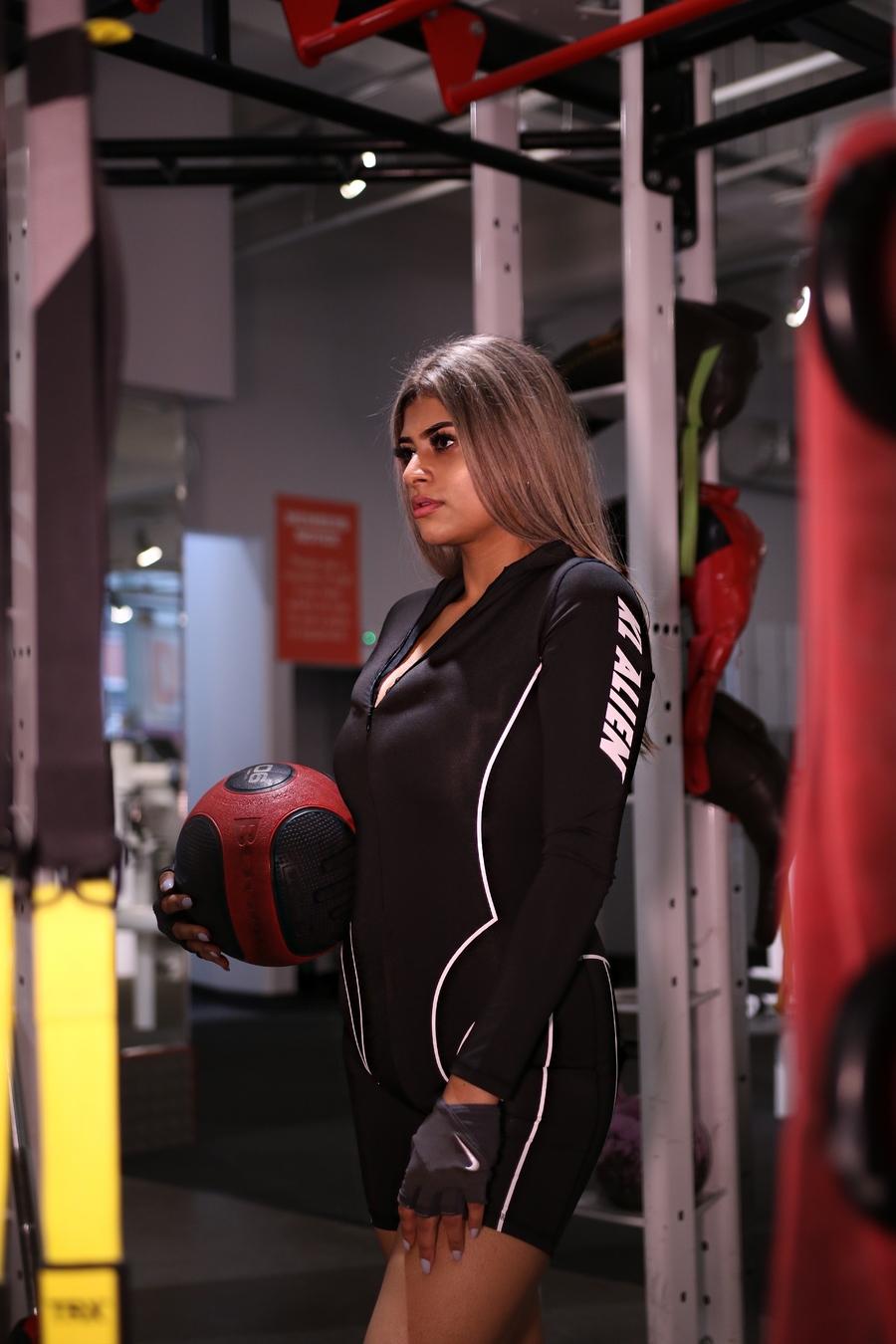 Model Leisha / Uploaded 2nd December 2019 @ 11:17 AM