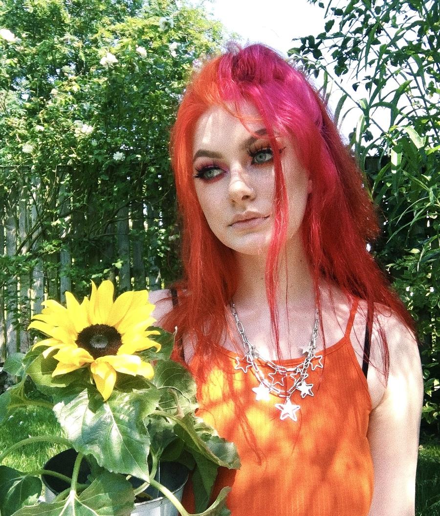 New hair colour! / Model Bxbblelub / Uploaded 18th July 2020 @ 09:54 PM