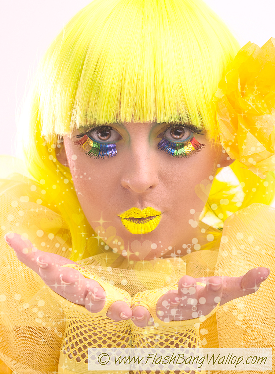 Do you like yellow? I know i do.. / Model CherylSmith / Uploaded 22nd August 2012 @ 08:18 PM