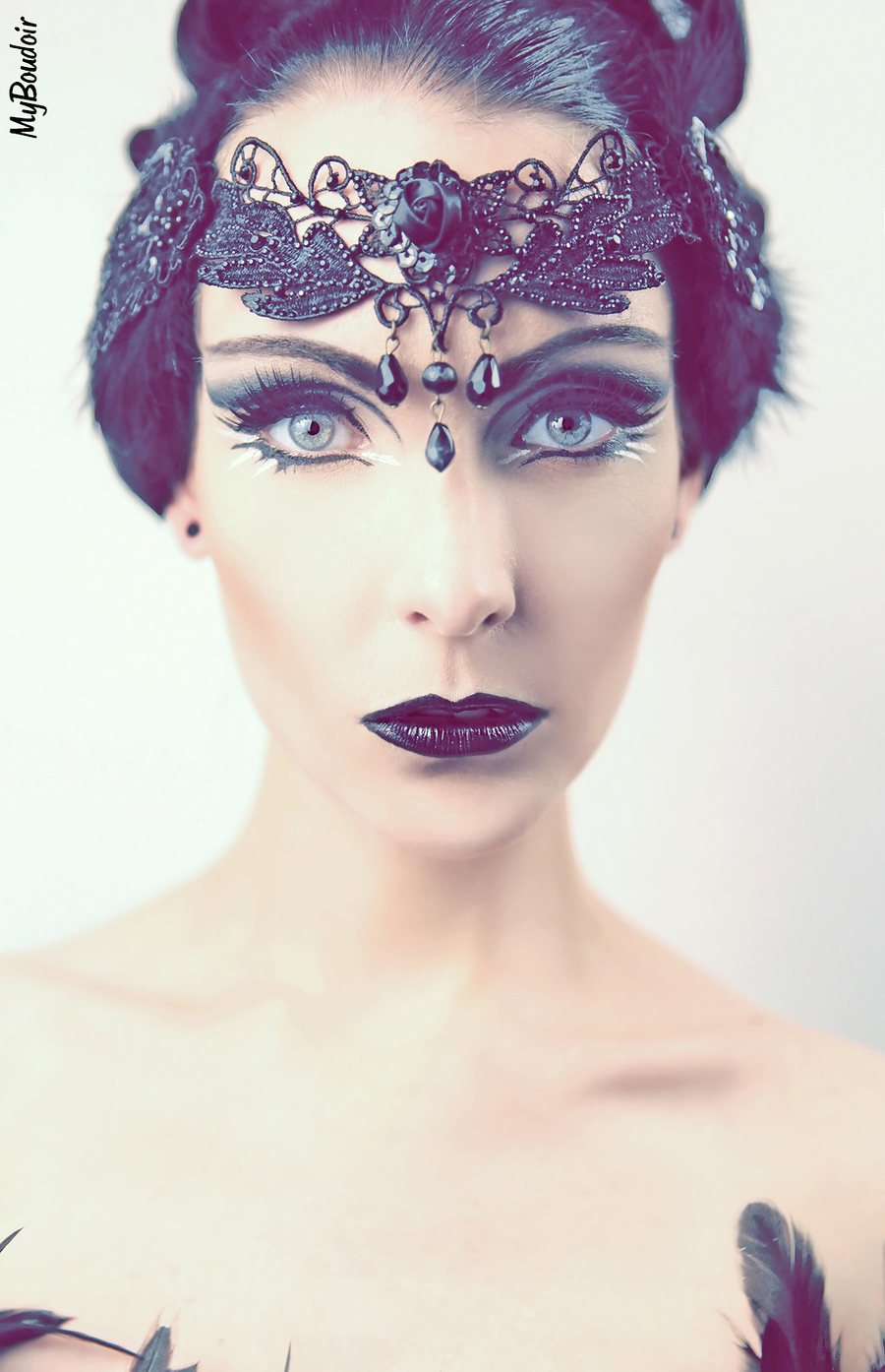 Odile's Eyes / Model Avant Garde / Uploaded 8th January 2015 @ 12:27 AM