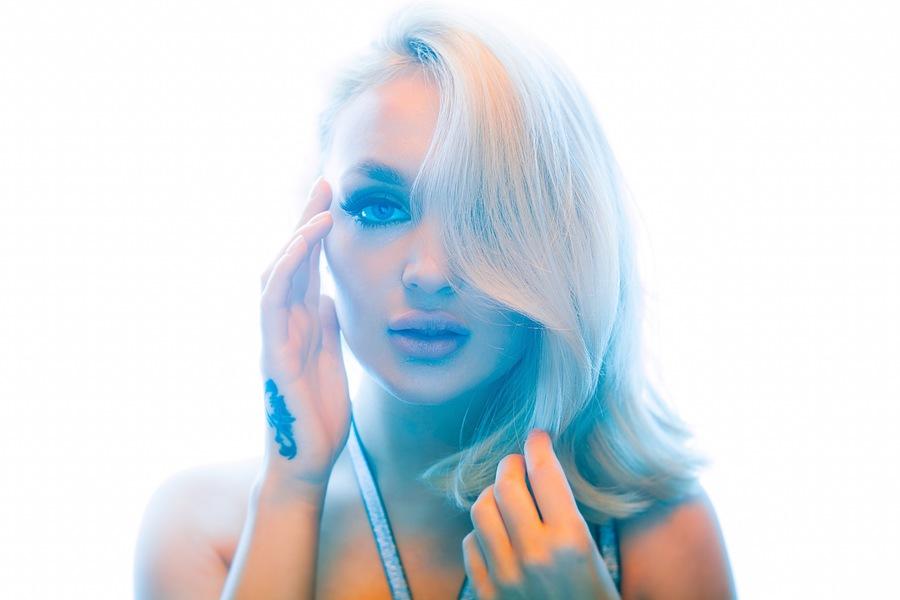 Gel light / Photography by paullarkins, Model Katey Model / Uploaded 17th March 2021 @ 07:49 AM