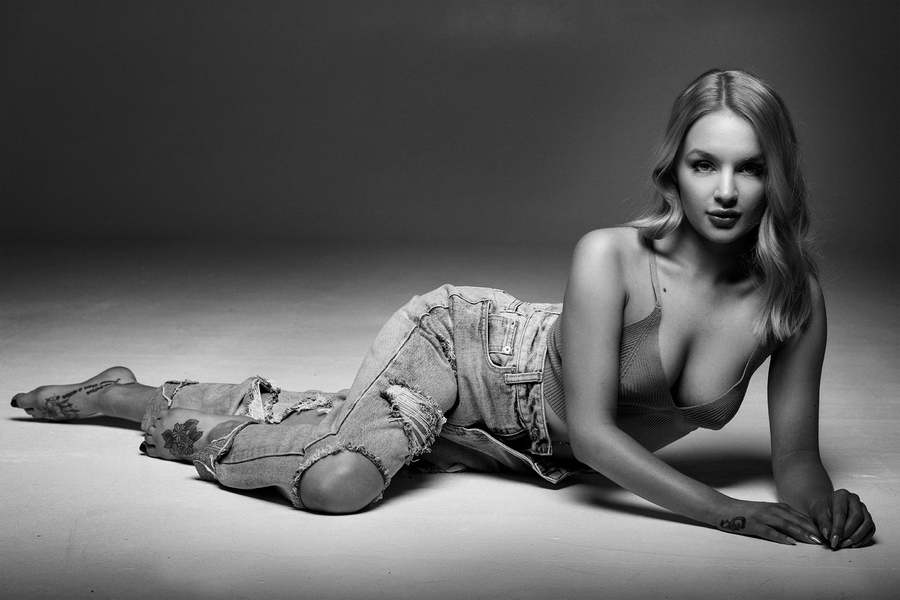Just lay there / Photography by Grewy, Model Katey Model, Taken at Natural Light Spaces / Uploaded 20th May 2021 @ 09:32 AM