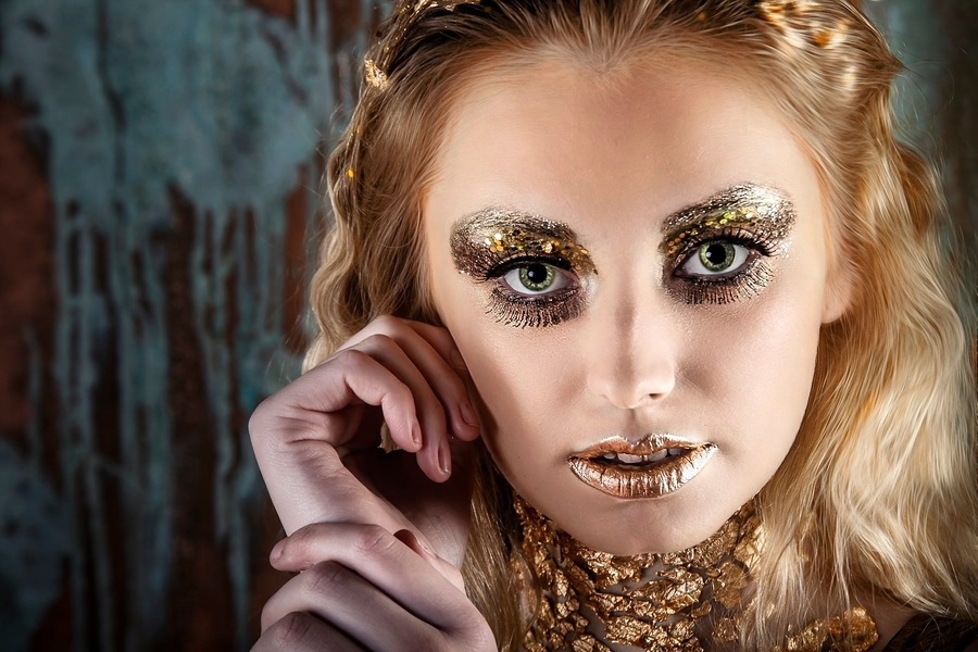 Gold2 / Photography by Mark Zygo, Model laurenjoyxxx, Makeup by Pink Lady Makeup Artistry, Post processing by Mark Zygo, Taken at f/8 Studio / Uploaded 7th January 2020 @ 11:29 AM