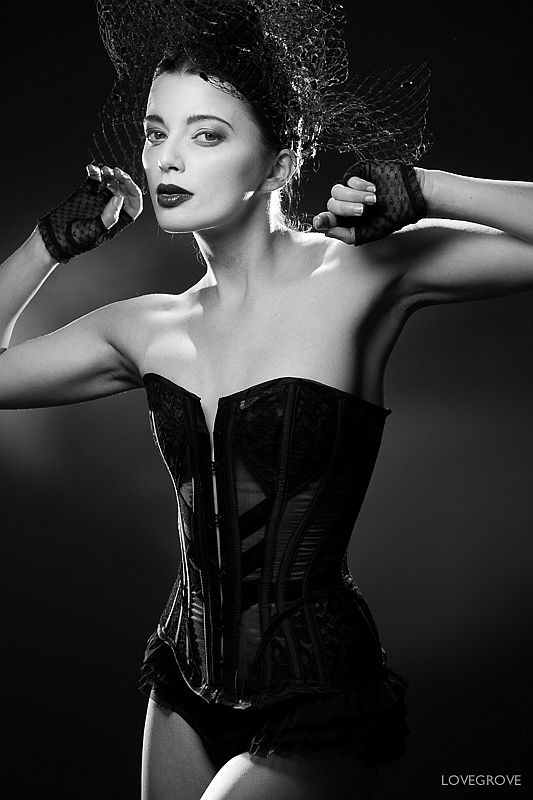 The gloves are on / Photography by damienlovegrove, Model Helen Diaz / Uploaded 3rd January 2013 @ 10:29 PM