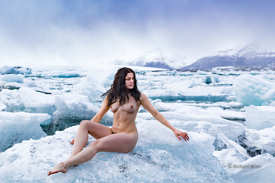 Be careful, she is as cold as Ice! / Photography by Richard Winn, Model Helen Diaz / Uploaded 20th November 2018 @ 09:49 PM