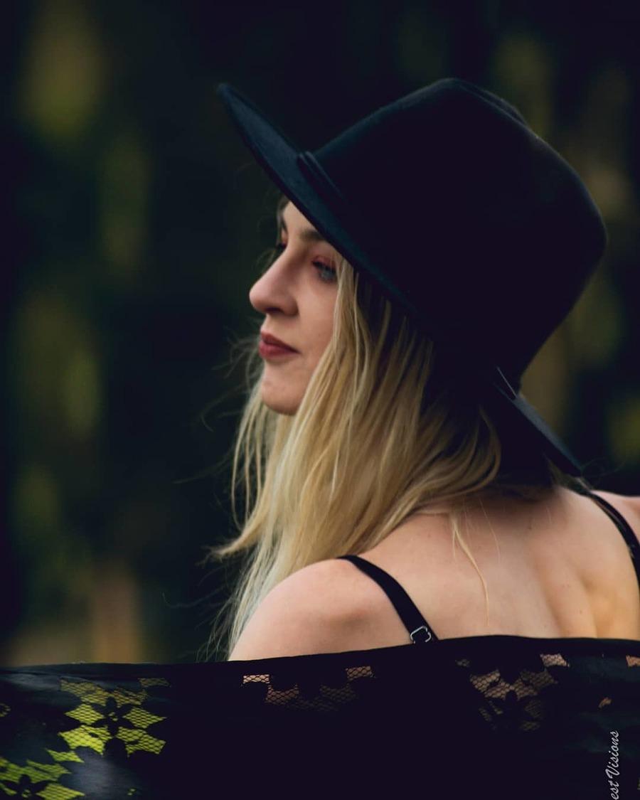 Photography by Fiona K Deckker, Model Sacha sutton, Stylist Fiona K Deckker / Uploaded 3rd April 2021 @ 10:40 AM