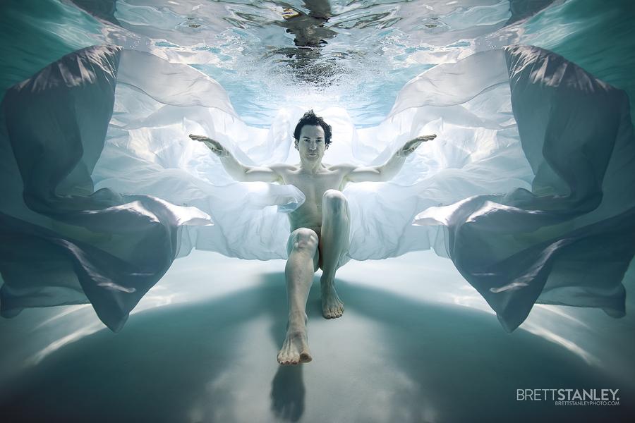 underwater / Model MrCW / Uploaded 16th September 2020 @ 03:15 PM
