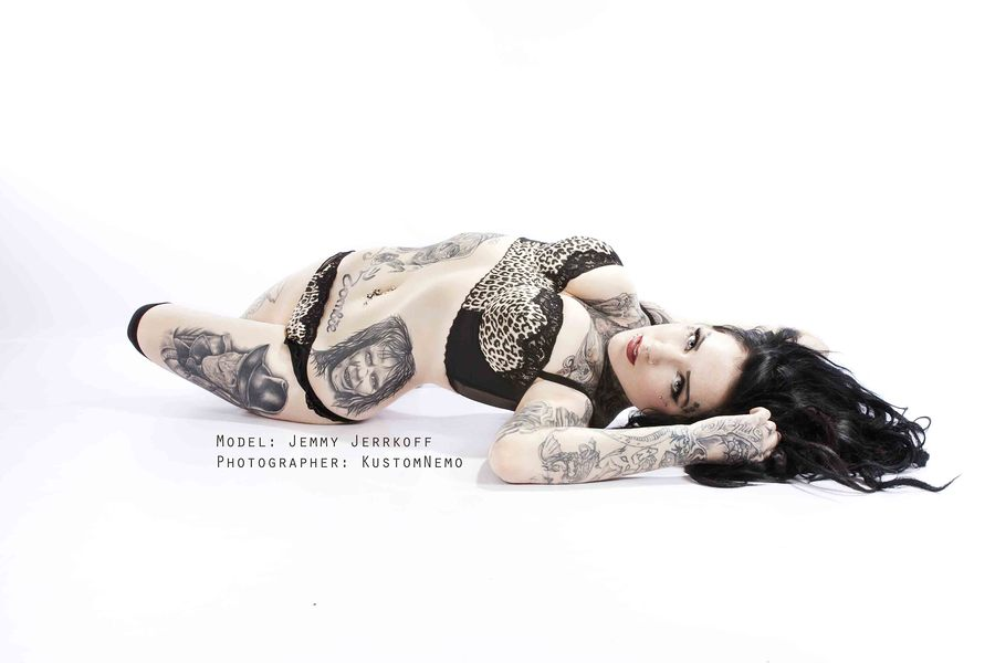 Inked and bendy / Photography by kustomnemo photography / Uploaded 7th July 2012 @ 08:45 AM
