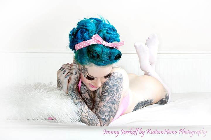 Jemmy pink and blue / Photography by kustomnemo photography / Uploaded 21st August 2012 @ 07:30 AM