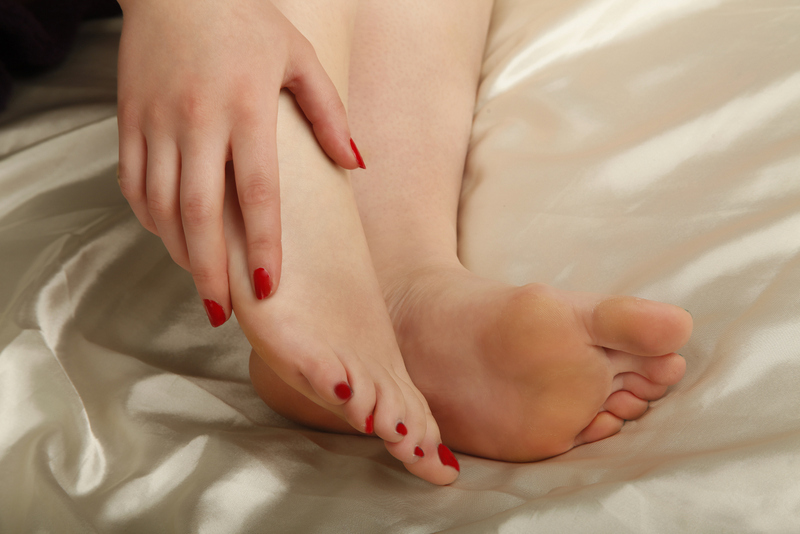 Sweet feet / Photography by Myk G, Model Krystal D / Uploaded 9th May 2017 @ 01:07 PM