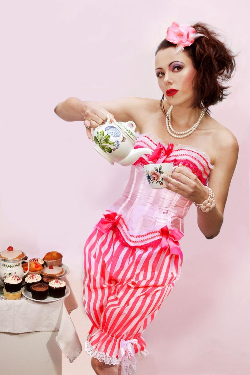 Model Evelien Cascada / Uploaded 31st July 2013 @ 09:10 PM