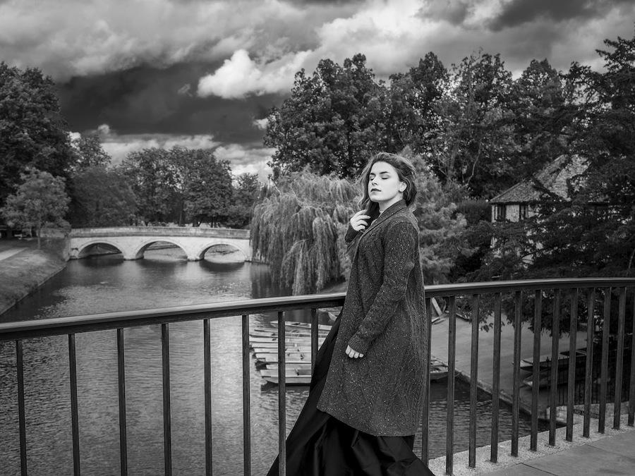 Anna, film noir style on Garrett Hostel Lane Bridge, Cambridge / Photography by PH and B / Uploaded 11th October 2021 @ 08:50 AM