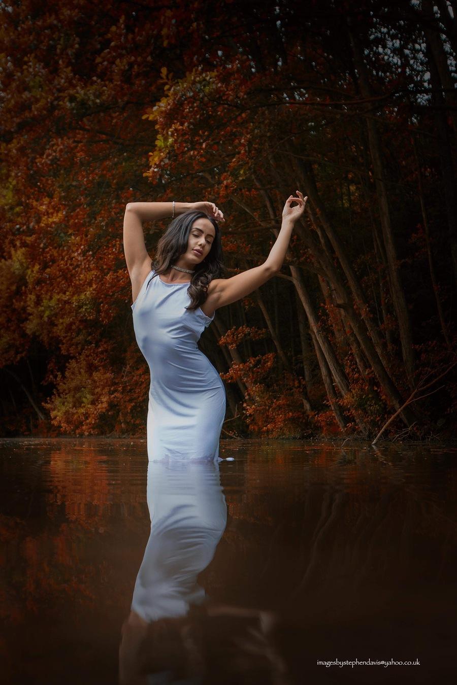 Sway / Photography by Imagesbystephendavis, Model Charlie Ellen / Uploaded 2nd November 2018 @ 01:17 PM