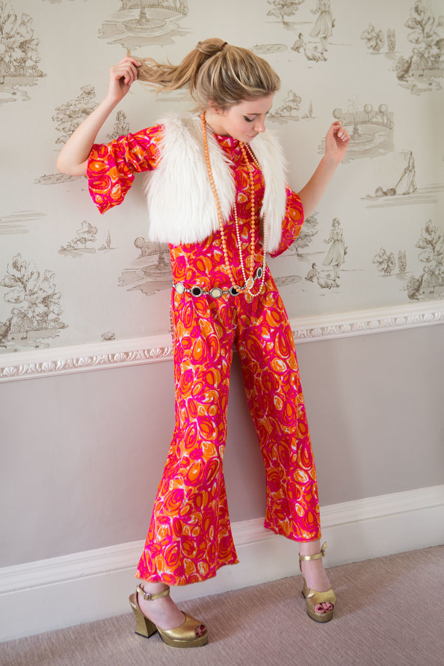 1970s fashion! / Photography by Somersetman / Uploaded 29th September 2018 @ 09:36 AM