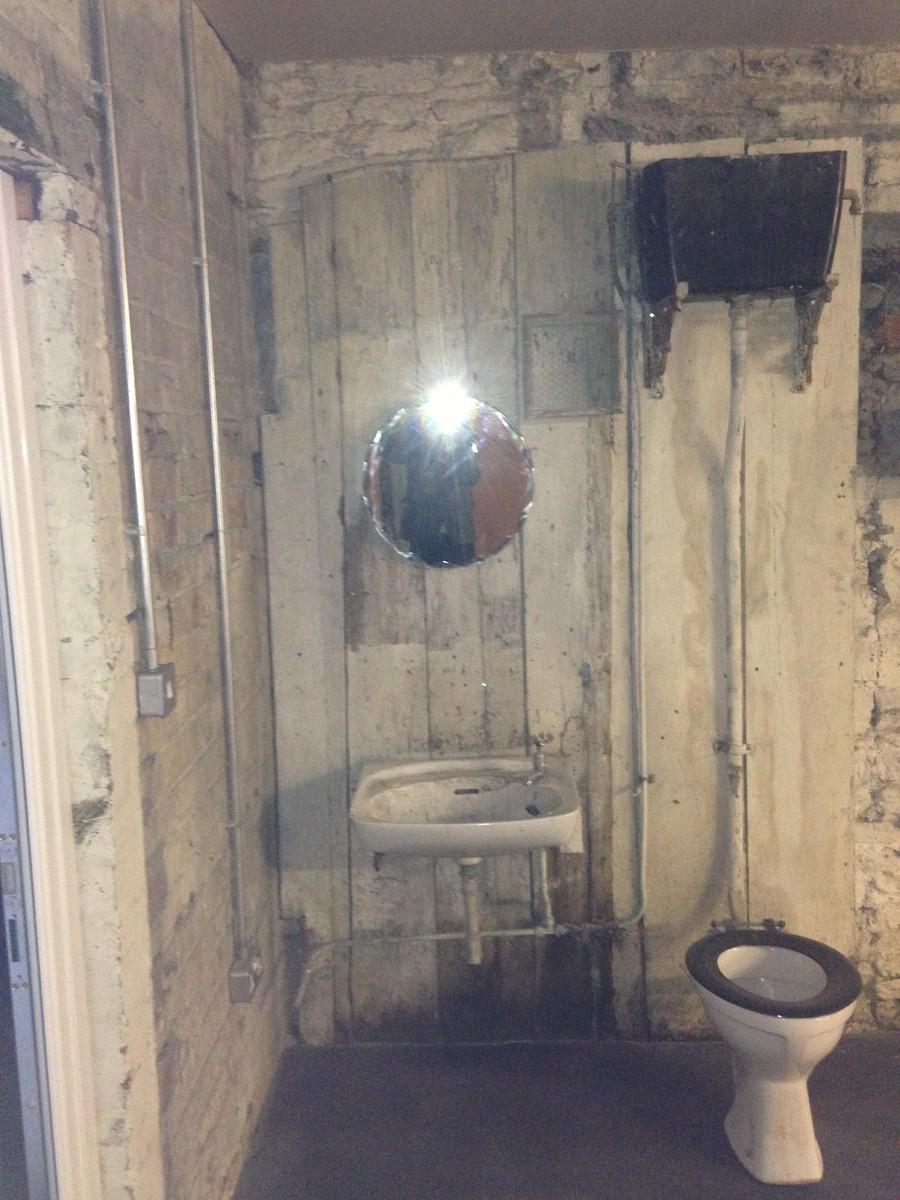 Victorian Bathroom Set / Taken at Millwood Photography Studio / Uploaded 12th September 2013 @ 09:51 AM