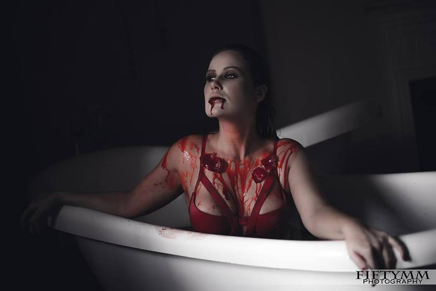 Horror in a hotel room / Photography by FIFTYMM Photography, Model Luna Marie Hutchings, Makeup by Natalie Wood / Uploaded 5th November 2016 @ 11:48 AM