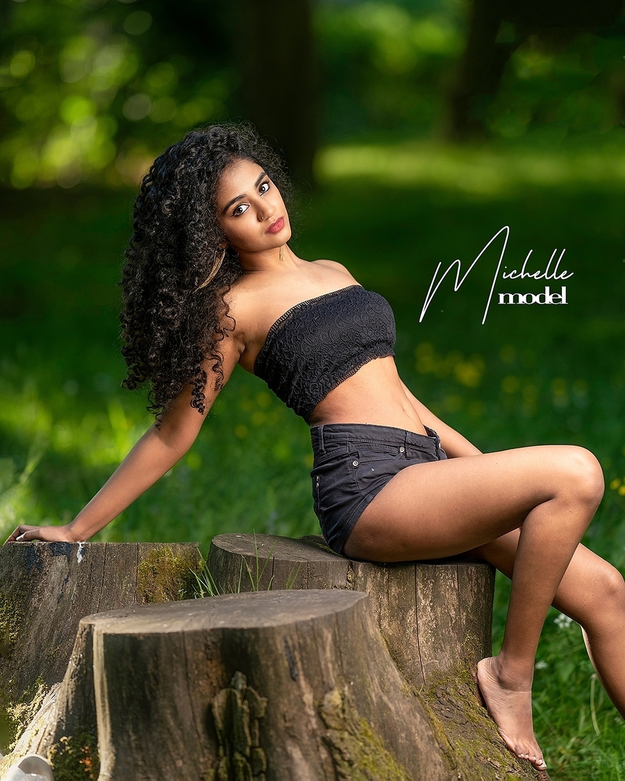 Photography by MODEL PHOTOGRAPHY & VIDEO REELS, Model Michellebaq / Uploaded 26th September 2021 @ 11:09 AM