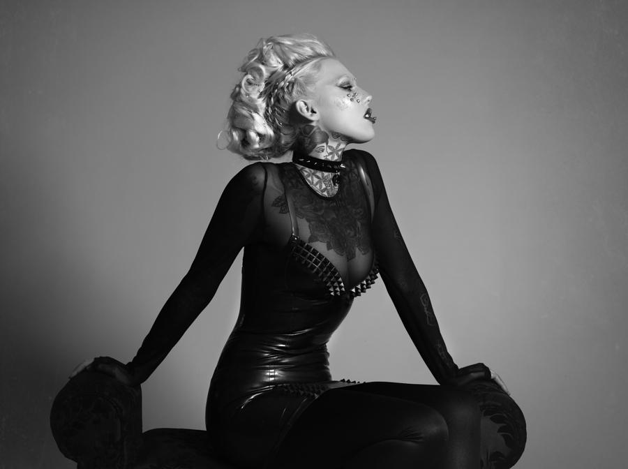 Lauren Brock+Richard Hair Kerr / Photography by WhiteRabbit, Model ladylaurenbrock / Uploaded 9th January 2018 @ 02:59 PM