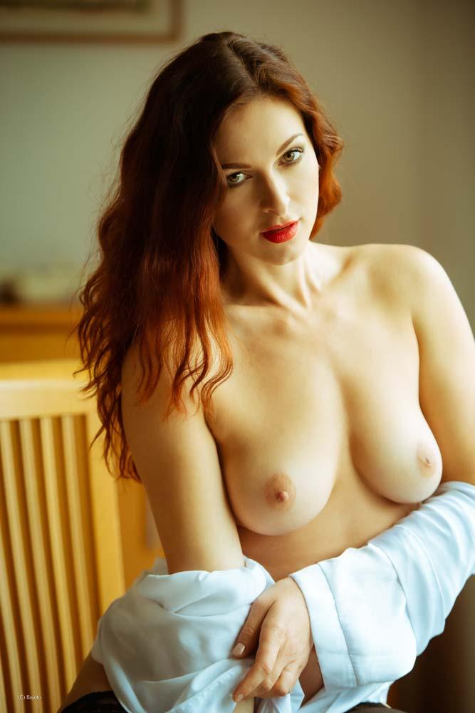 Model Ivana Cermakova / Uploaded 1st January 2020 @ 04:19 PM