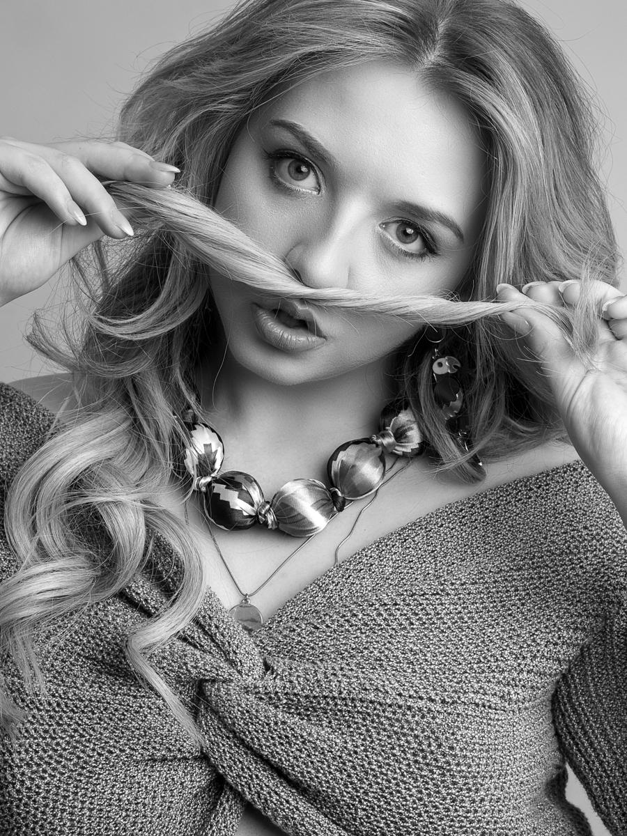 Photography by rtnphotography, Model Nicole Rayner / Uploaded 1st April 2019 @ 11:45 AM