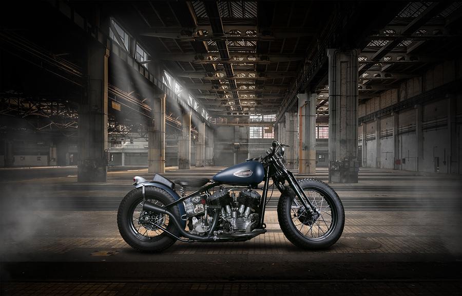 Harley Bobber / Photography by Jess Middlebrook / Uploaded 4th October 2019 @ 09:41 PM