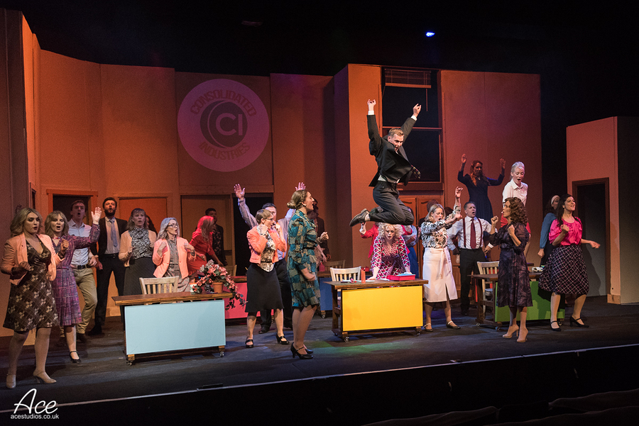 9To5 TOPS Musical Theatre Company