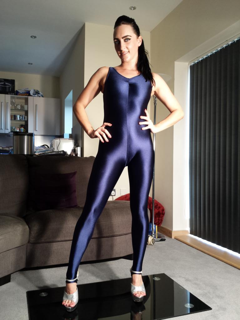 Chloe in a Catsuit / Photography by Shinysales / Uploaded 12th November 2013 @ 04:14 PM